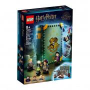 LEGO Harry Potter Moment Hogwarts™: Lecția de poțiuni (76383)